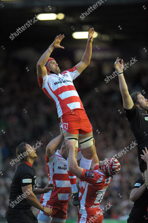 Gloucester's Tom Palmer rises for a lineout ball - Rugby Union - ERC Cup final - Edinburgh Rugby v Gloucester Rugby - 01/05/15 - at Twickenham Stoop Stadium, London, GB - Photo Credit - Tom Dwyer/Seconds Left Images.