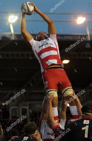 Gloucester's Tom Palmer rises for and secures a lineout ball - Rugby Union - ERC Cup final - Edinburgh Rugby v Gloucester Rugby - 01/05/15 - at Twickenham Stoop Stadium, London, GB - Photo Credit - Tom Dwyer/Seconds Left Images.