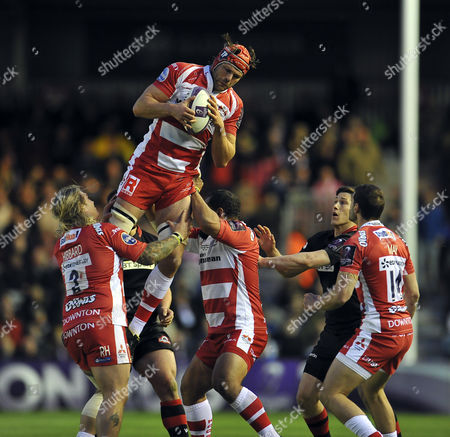 Tom Palmer of Gloucester Rugby claims the ball in the air