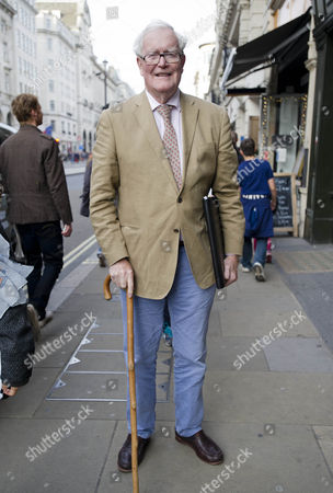 Former Politician Douglas Hurd Arriving At The Hatchards Author Of The Year Drinks Party In Piccadilly London This Evening.  30/04/2014.