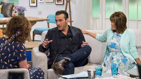 Lorraine Kelly with Chris Gascoyne and Vicky Entwistle