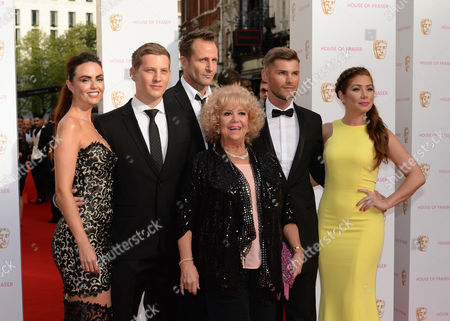 Nikki Sanderson, Jeremy Sheffield, Jennifer Metcalfe, James Sutton, Diane O'Connor, Kieron Richardson