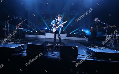 Twin Atlantic - Barry Mckenna, Sam McTrusty and Ross McNae