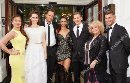 Nikki Sanderson, Anna Passey, Jeremy Sheffield, Jennifer Metcalfe, James Sutton, Diane O'Connor, Kieron Richardson