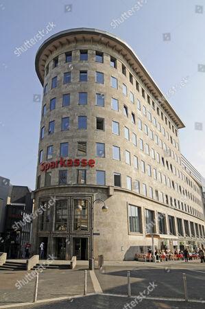 Historic Sparkasse bank building, Dr-Ruer-Platz square, inner city, Bochum, Ruhr Area, North Rhine-Westphalia, Germany, Europe