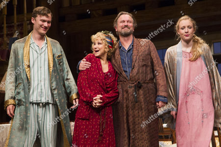 Edward Franklin (Simon Bliss), Felicity Kendal (Judith Bliss), Simon Shepherd (David Bliss) and Alice Orr-Ewing (Sorel Bliss) during the curtain call at the Duke of York's Theatre