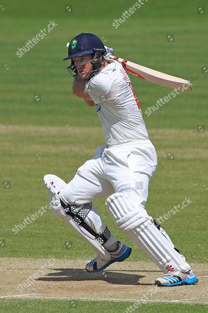 Colin Ingram of Glamorgan bats.