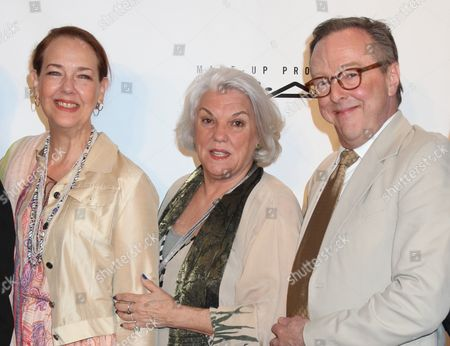Harriet Harris, Tyne Daly and Edward Hibbert