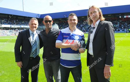 "l-r Andy Sinton, Trevor Sinclair and Darren Peacock present an award to ""fan of the season"" Chris Kemp"