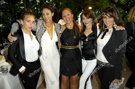 Chloe Green, Lily Becker and friends
