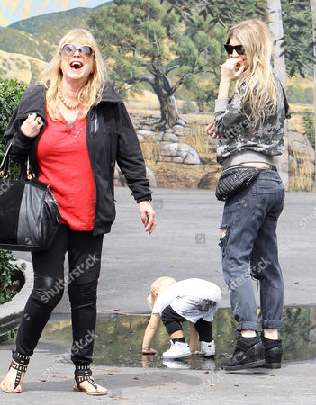 Editorial photo of Fergie Duhamel and parents take son Axl to the park in Los Angeles, America - 17 May 2015