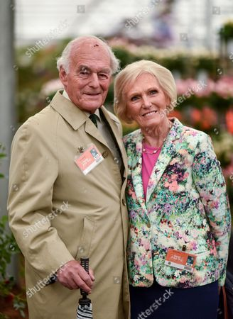 Stock Photo of Paul Hunnings and Mary Berry