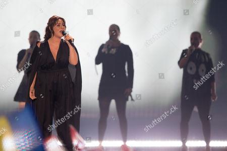 """Stock Image of Trijntje Oosterhuis of Netherlands performs her song """"Walk Along"""""""