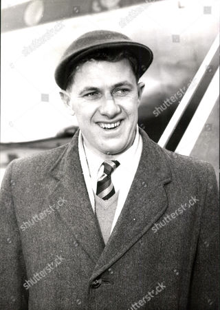 Cricketer Norman Ian Thomson Of Sussex C.c.c. Box 0559 080515 00325a.jpg.