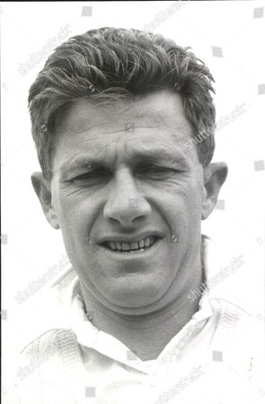 Cricketer Norman Ian Thomson Of Sussex C.c.c. Box 0559 080515 00007a.jpg.