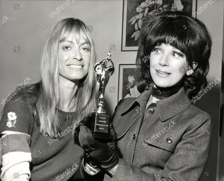 Actresses Suzy Kendall (left) And Fenella Fielding. Box 0563 140515 00488a.jpg.