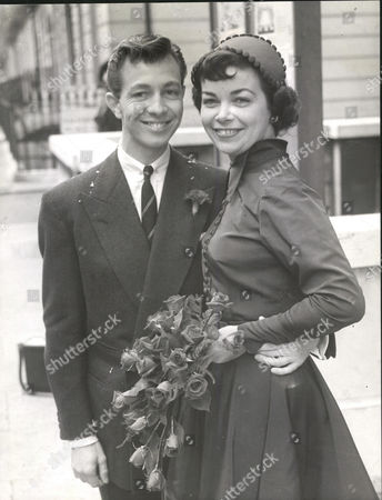Stock Image of Dancer Keith Beckett With His Bride Cabaret Artist Diana Monks After Their Wedding At Marylebone Register Office. Box 0562 140515 00344a.jpg.