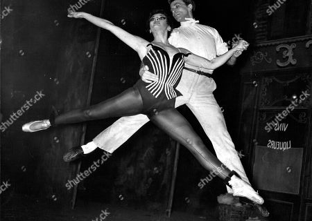 Roland Pitt And Liliane Montevecchi Of The Ballets De Paris Rehearsing In London. Box 0562 140515 00364a.jpg.
