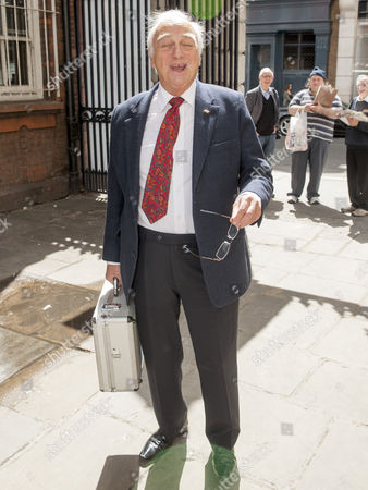 Tribute To Actor Bill Pertwee At A Memorial In London. Roy Hudd.