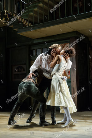 Mark Rose (Hounslow), Amy Morgan (Cherry), Samuel Barnett (Aimwell)