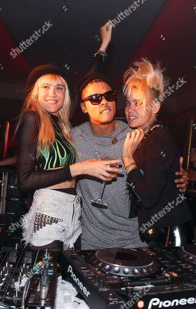 Quincy Brown and Australian DJ duo Miriam and Olivia Nervo