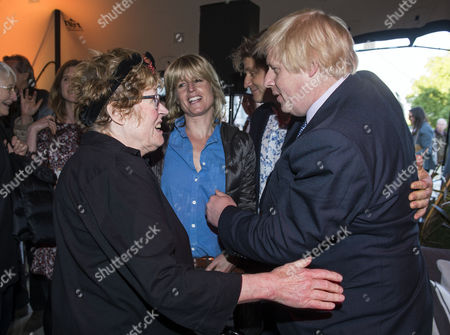 Stock Image of Charlotte Johnson Wahl, sister Rachel Johnson, brother Leo Johnson and Boris Johnson