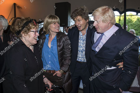 Stock Photo of Charlotte Johnson Wahl, sister Rachel Johnson, brother Leo Johnson and Boris Johnson