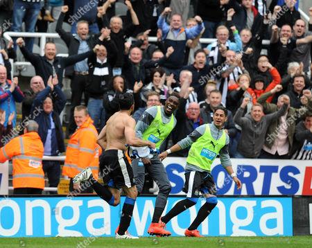 Jonas Gutierrez of Newcastle United celebrates scoring their second goal