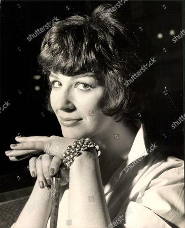 Fenella Fielding Actress. Box 0563 140515 00162a.jpg.