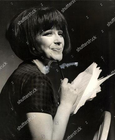 Fenella Fielding Actress. Box 0563 140515 00177a.jpg.