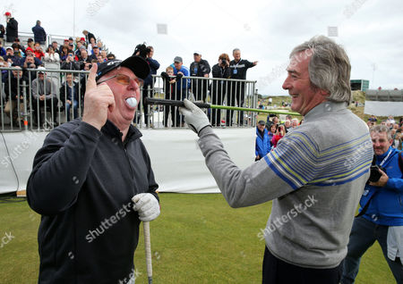 Snooker player Dennis Taylor, left, with former footballer Pat Jennings on the 1st tee