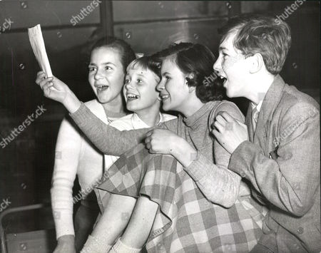 L-r: Elizabeth Saunders Colin Gibson Caroline Denzil And Wilfred Downing At Tv Rehearsal For New Children's Serial 'a Castle And Sixpence'. Box 0565 190515 00333a.jpg.