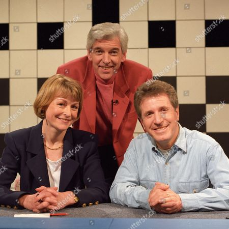 Tom O'Connor with Sue Cook and George Layton