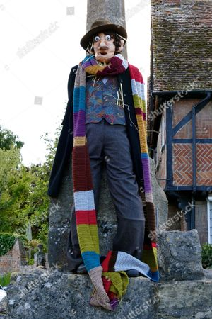 Dr Who Tom Baker scarecrow an episode was filmed in East Hagbourne where Tom baker was tied to the cross the scarecrow is on