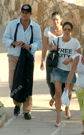 Nicky Hilton (r) and new husband Todd Meister arrive at the Esperanza Hotel in Cabo San Lucas
