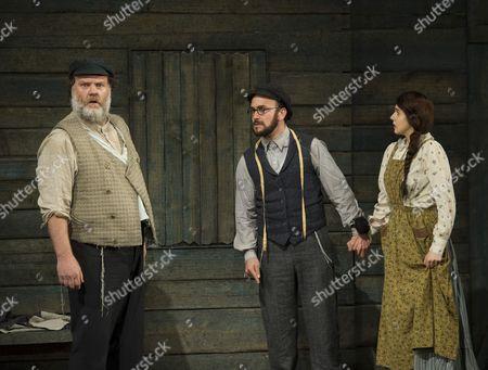 Bryn Terfel as Tevye, Anthony Flaum as Motel, Charlotte Harwood as Tzeitel