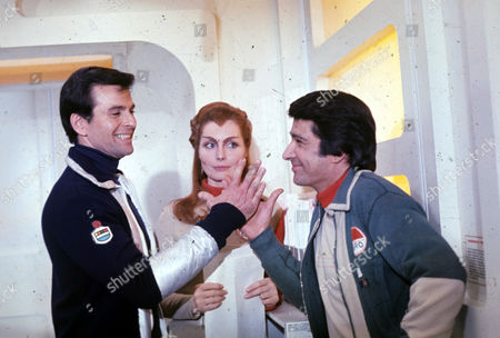 Stuart Damon, Catherine Schell and Tony Anholt in The Bringers of Wonder