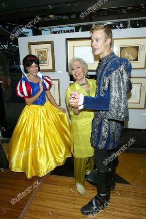 Elizabeth Sheldon (L) with Marge Champion (C) (Snow White) Original model and Bradley Dodds (R) (Prince)