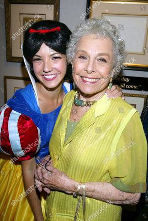Elizabeth Sheldon (L) with Marge Champion (R) (Snow White) Original model