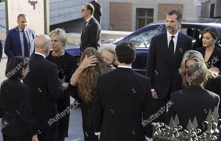 Miriam Ungria, Boris of Bulgaria, Princess Beatrix, King Simeon II, Margarita, Queen Maxima and King Willem-Alexander