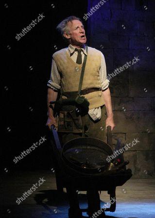 Nicholas Farrell as Lord Marshmoreton