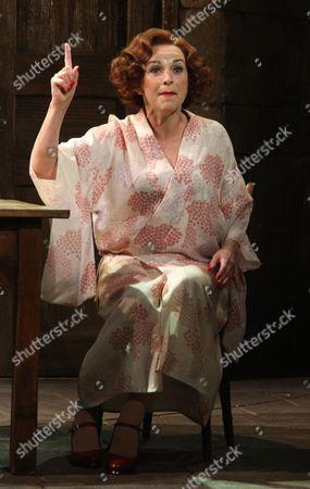 Sally Ann Triplett as Billie Dore