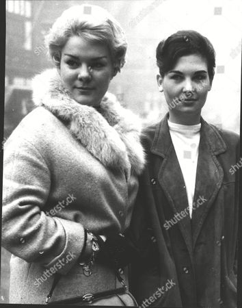 Jacqueline White (left) And Shirley Mason Fashion Models. Box 0574 020615 00107a.jpg.