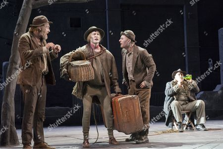 Hugo Weaving as Vladimir, Luke Mullins as Lucky, Richard Roxburgh as Estragon, Philip Quast as Pozzo