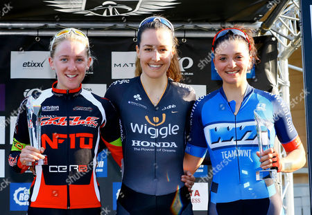 Jessie Walker of RST Racing (2nd place), Dani King of Wiggle Honda (1st) and Charline Joiner of Team WNT (3rd).