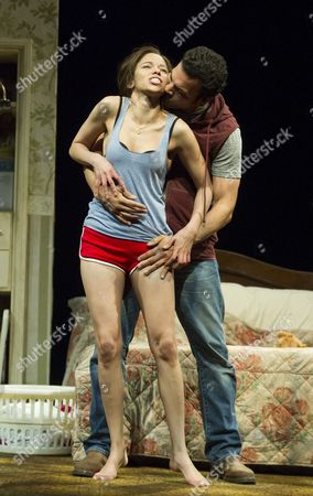 Flor De Liz Perez as Veronica, Ricardo Chavira as Jackie,