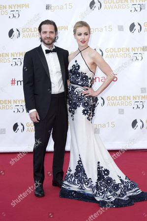 Amanda Schull and Aaron Stanford