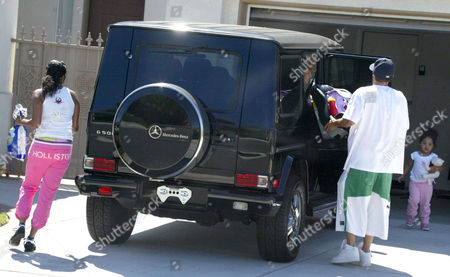 Editorial image of BRITNEY SPEARS AND KEVIN FEDERLINE ARRIVING AT THE HOME OF SHAR JACKSON, LOS ANGELES, AMERICA - 23 AUG 2004