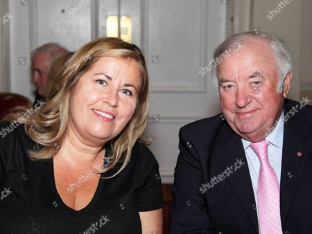 Editorial photo of Heritage Foundation Tribute Lunch for Jimmy Tarbuck OBE at London Marriott Hotel, Regents Park, London, Britain - 21 Jun 2015