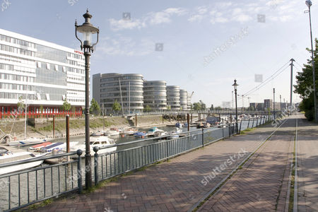 Hitachi Power Office, office complex ''Five Boats'', designed by the architect Nicholas Grimshaw, basin, Duisburg, North Rhine-Westphalia, Germany, Europe